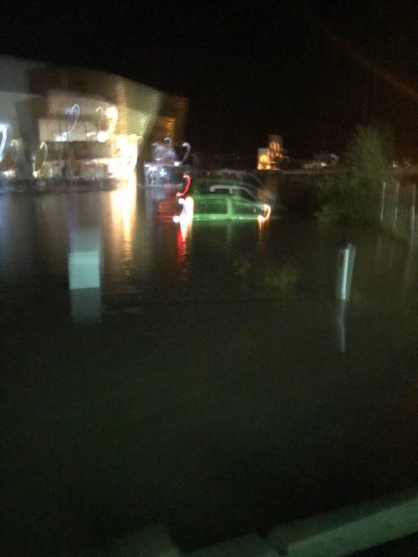 Wetter Wild Überschwemmung in Schnann